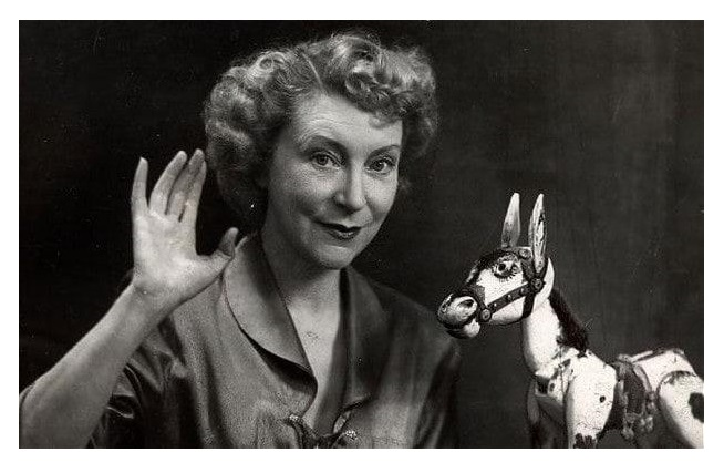 Annette Mills